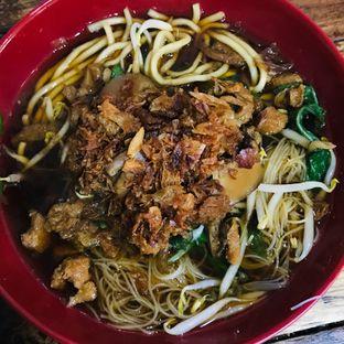 Foto 2 - Makanan di Mie Kangkung Berkat oleh Levina JV (IG : levina_eat )