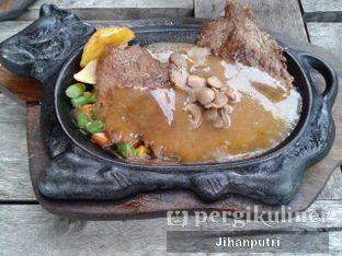 Foto review Waroeng Steak & Shake oleh Jihan Rahayu Putri 1