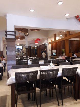 Foto 6 - Interior di Layar Seafood oleh Nisanis