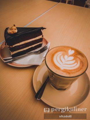Foto 2 - Makanan(Chocolate Souffle Cake) di Turning Point Coffee oleh Syifa