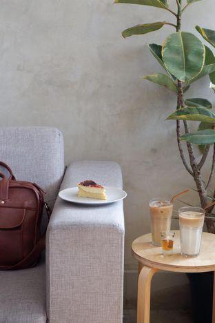 Foto 13 - Interior di Hafa Coffee & Kitchen oleh yudistira ishak abrar