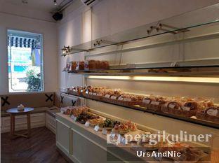 Foto 5 - Interior di Dandy Co Bakery & Cafe oleh UrsAndNic