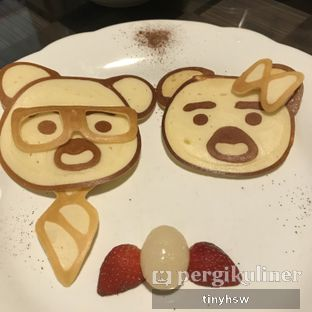 Foto 5 - Makanan(bear pancake) di The Bailey's and Chloe oleh Tiny HSW. IG : @tinyfoodjournal