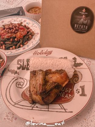 Foto review Ayam Bebek Angsa Masak Di Kuali oleh Levina JV (IG : levina_eat ) 3