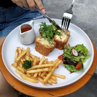 Foto review Chavelle Coffee & Eatery oleh Chris Chan 2