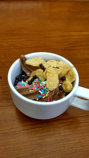 Foto 10 - Makanan(chocolate ice cream) di Kintan Buffet oleh Renodaneswara @caesarinodswr