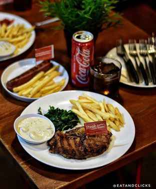 Foto - Makanan di Steak Hotel by Holycow! oleh @eatandclicks Vian & Christine