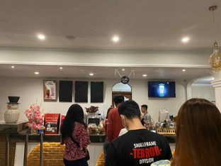 Foto 5 - Interior di Louis Coffee oleh Femmy Monica Haryanto