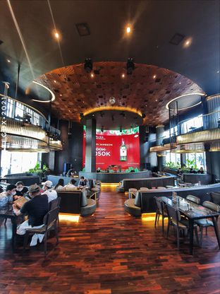 Foto 3 - Interior di Holywings Reserve oleh Vionna & Tommy