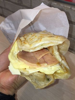 Foto 1 - Makanan(Chicken Ham and Cheese Sandwich) di Liang Sandwich Bar oleh Ardelia I. Gunawan