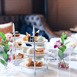 Foto review Hermitage Lounge - The Hermitage oleh Alex Tan 1