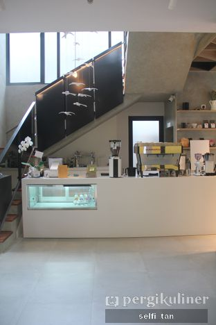 Foto 2 - Interior di Cecemuwe Cafe and Space oleh Selfi Tan