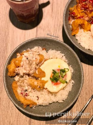 Foto 2 - Makanan(Nasi Ikan Dory Creamy) di O! Fish oleh Onaka Zone