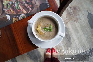 Foto review Bavarian Haus Bratwurst & Grill oleh Anisa Adya 4