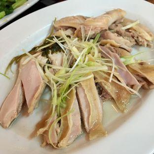 Foto 2 - Makanan(Ayam Steam) di Bubur Kwang Tung oleh Magdalena Fridawati