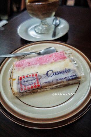 Foto 1 - Makanan di La Casa Ice Cream Zangrandi oleh Nanakoot