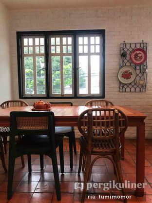 Foto 8 - Interior di Mikkro Espresso oleh riamrt