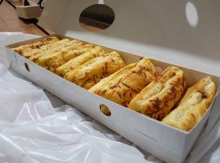 Foto review Victoria Bakery & Cafetaria oleh Emir Khaerul 5