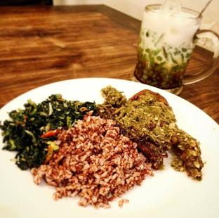 Foto - Makanan di Nasi Bebek Ginyo oleh Fitriah Laela