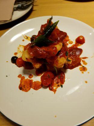 Foto 4 - Makanan di Kitchenette oleh Hafizah Murdhatilla