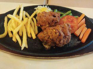 Foto 2 - Makanan di Bon Ami Restaurant & Bakery oleh ochy  safira