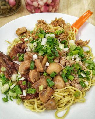 Foto - Makanan di Bakmie Aloi oleh kunyah - kunyah