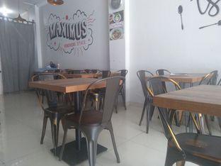 Foto 1 - Interior di Maximus Nongkrong Space oleh Angga Setiawan