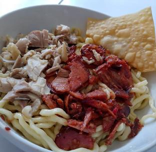 Foto 1 - Makanan di Bakmi Gading Permai oleh Mitha Komala