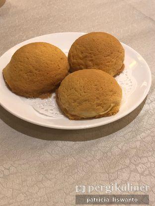 Foto 7 - Makanan(bakpau salju babi panggang) di Sun City Restaurant - Sun City Hotel oleh Patsyy