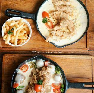 Foto 3 - Makanan di Delapan Padi oleh Huntandtreasure.id