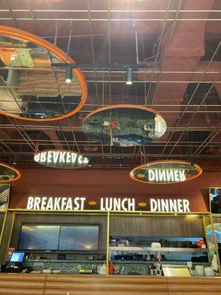 Foto 11 - Interior di Denny's oleh Levina JV (IG : @levina_eat & @levinajv)