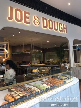 Foto 3 - Eksterior di Joe & Dough oleh Hungry Mommy