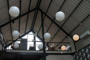 Foto 12 - Interior di Kopi Nako oleh Prido ZH