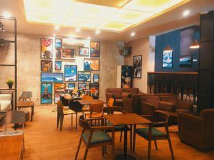 Foto 3 - Interior di Blue Lane Coffee oleh Fajar | @tuanngopi