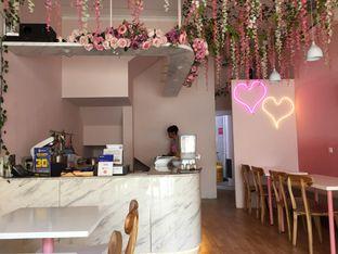 Foto 10 - Interior di Sugar Bloom oleh Yohanacandra (@kulinerkapandiet)