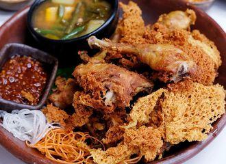 Meski Ada Banyak Kuliner Asing, Kenapa Kamu Tak Pernah Bosan dengan Kuliner Indonesia?