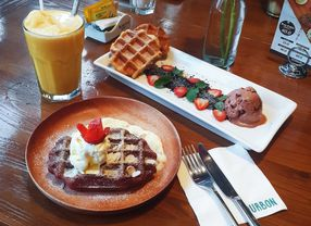 Yuk, Santai sambil Menikmati Santapan 10 Cafe di Alam Sutera Paling Recommended!