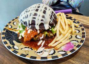 8 Tempat Makan Murah di Surabaya yang Aman Buat Kantong Pelajar dan Mahasiswa