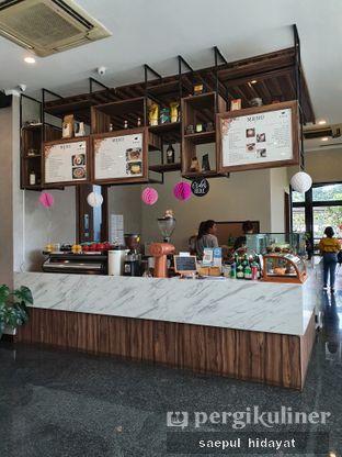 Foto 5 - Interior di Kaca Coffee & Eatery oleh Saepul Hidayat