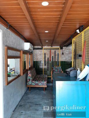 Foto 3 - Interior di Mikkro Espresso oleh Selfi Tan