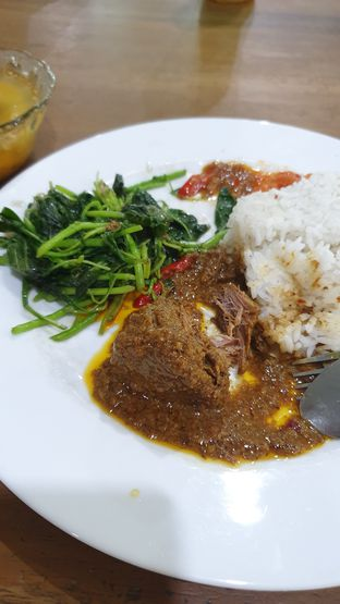 Foto 1 - Makanan di Warung Sepinggan oleh Naomi Suryabudhi