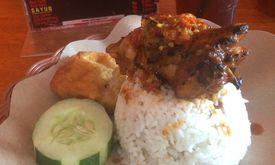 Ayam Goreng Nelongso