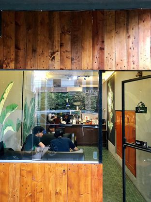 Foto 8 - Interior di Kopi Praktik oleh kdsct