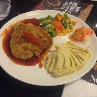 Foto 1 - Makanan di Glosis oleh IG : FOODTRAVELID