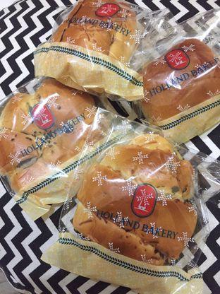 Foto 2 - Makanan di Holland Bakery oleh yudistira ishak abrar