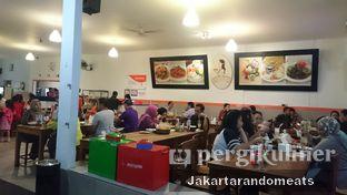 Foto 4 - Eksterior di Kedai Soto Ibu Rahayu oleh Jakartarandomeats