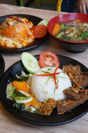 Foto 3 - Makanan di Love & Eat Cafe oleh Kelvin Tan