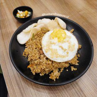 Foto 2 - Makanan(Nasi Goreng Wardani) di Warung Wardani oleh Huntandtreasure.id