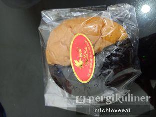 Foto 1 - Makanan di Iwai Bakery oleh Mich Love Eat