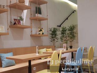 Foto 9 - Interior di Sollie Cafe & Cakery oleh Ladyonaf @placetogoandeat
